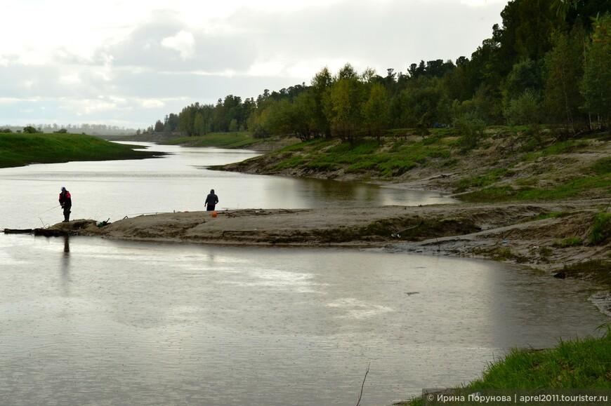 Река близ деревни Вата