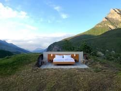 Отель без стен и крыши появился в Швейцарии
