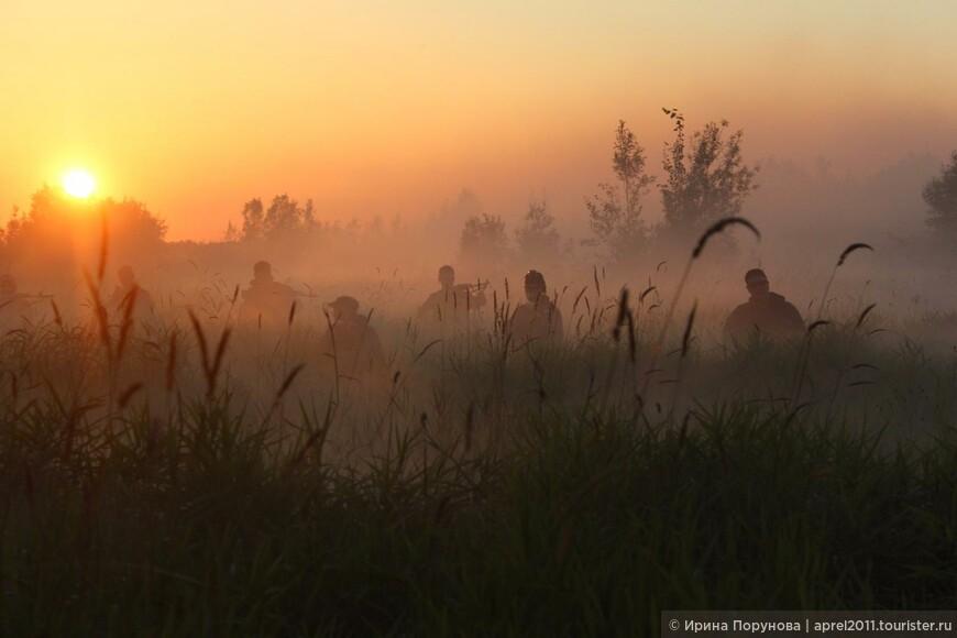Игроки в страйкбол на закате... В окрестностях Нижневартовска.