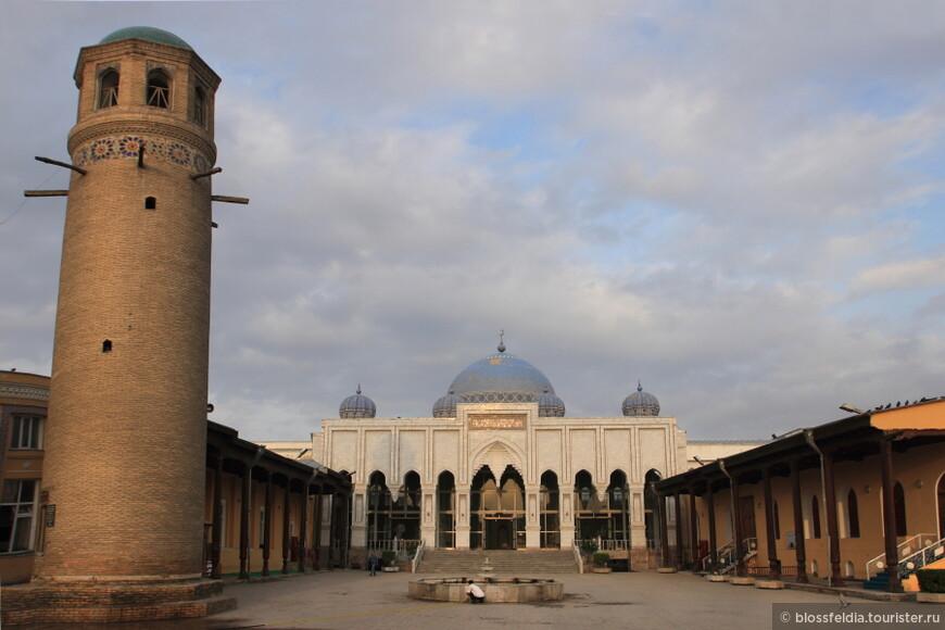 Худжанд. Мечеть шейха Муслихиддина (XVII—XVIII вв.)