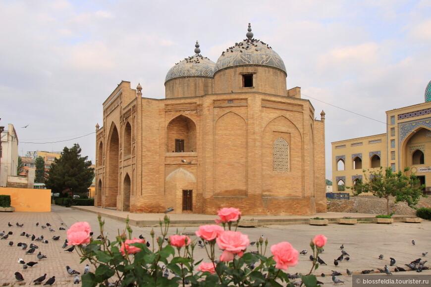 Худжанд и мавзолей шейха Муслихиддина (XVII—XVIII вв.)