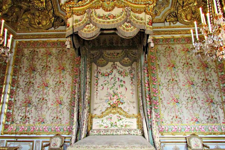 Спальня королевы.
