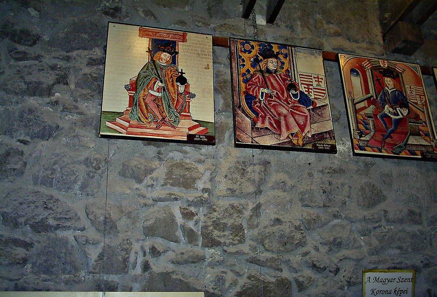 Нверху, в цитадели, несколько небольших экспозиций.