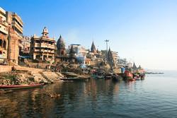 Девочка из Индии совершает заплыв на 570 км по реке Ганг