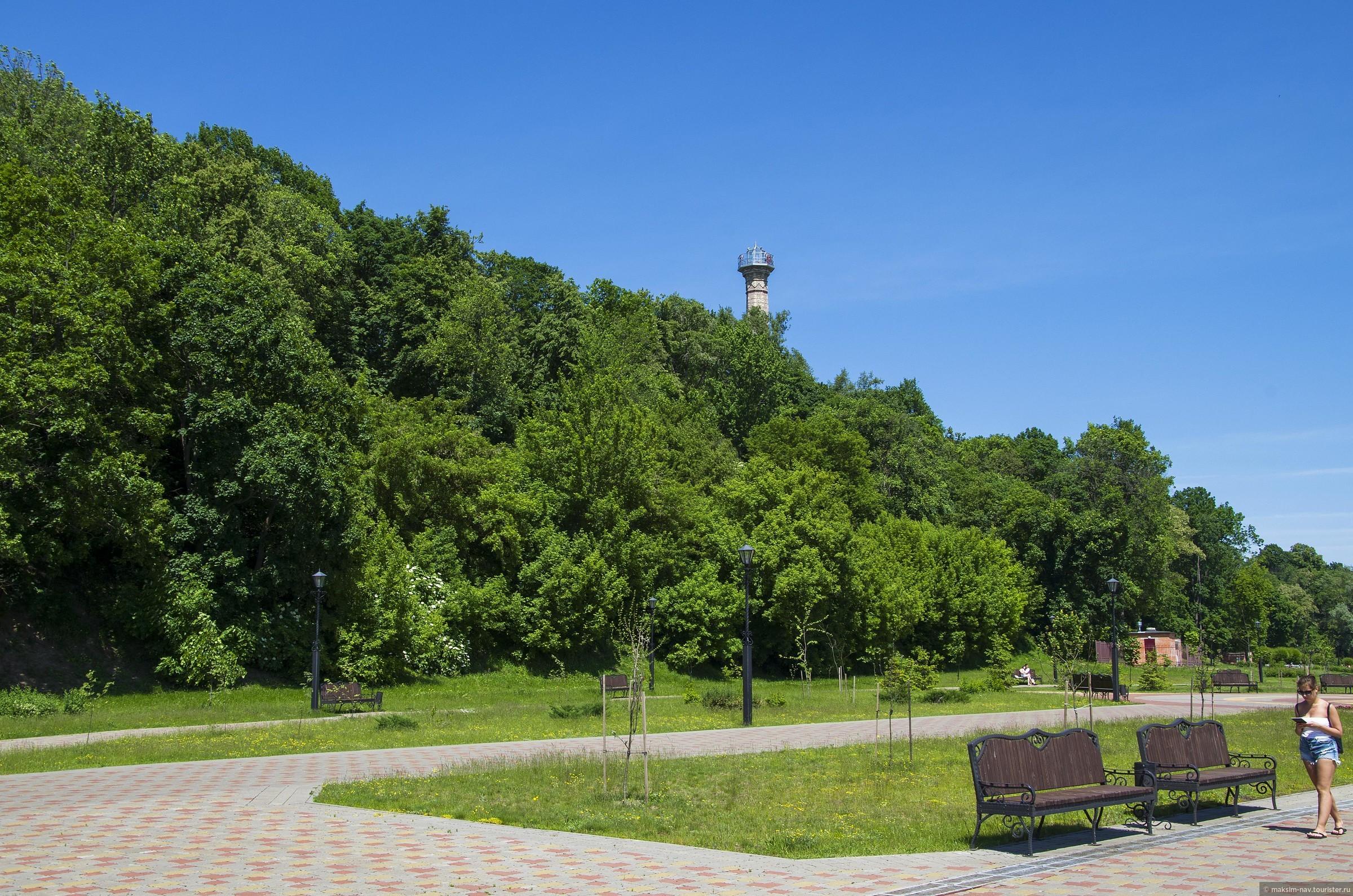 Однозначно, объектом номер один города, является Гомельский дворцово-парковый комплекс., Гомельский дворцово-парковый ансамбль.
