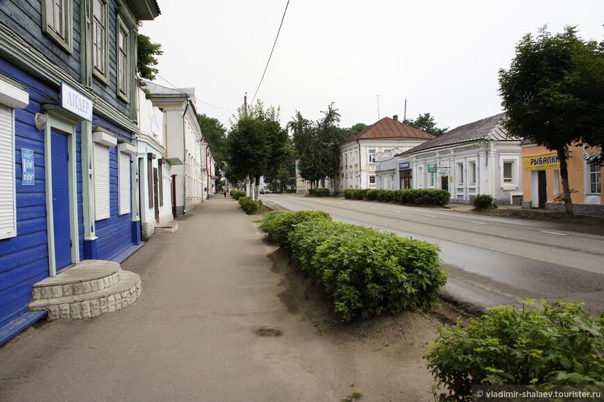 Советская улица. Историческое название - Миллионная улица.