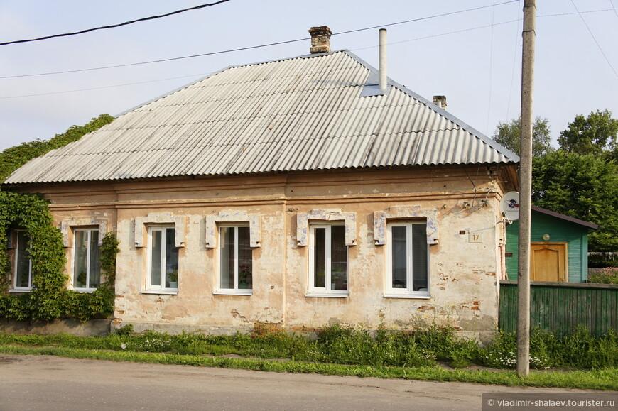 Жилой дом на окраине Торопца.