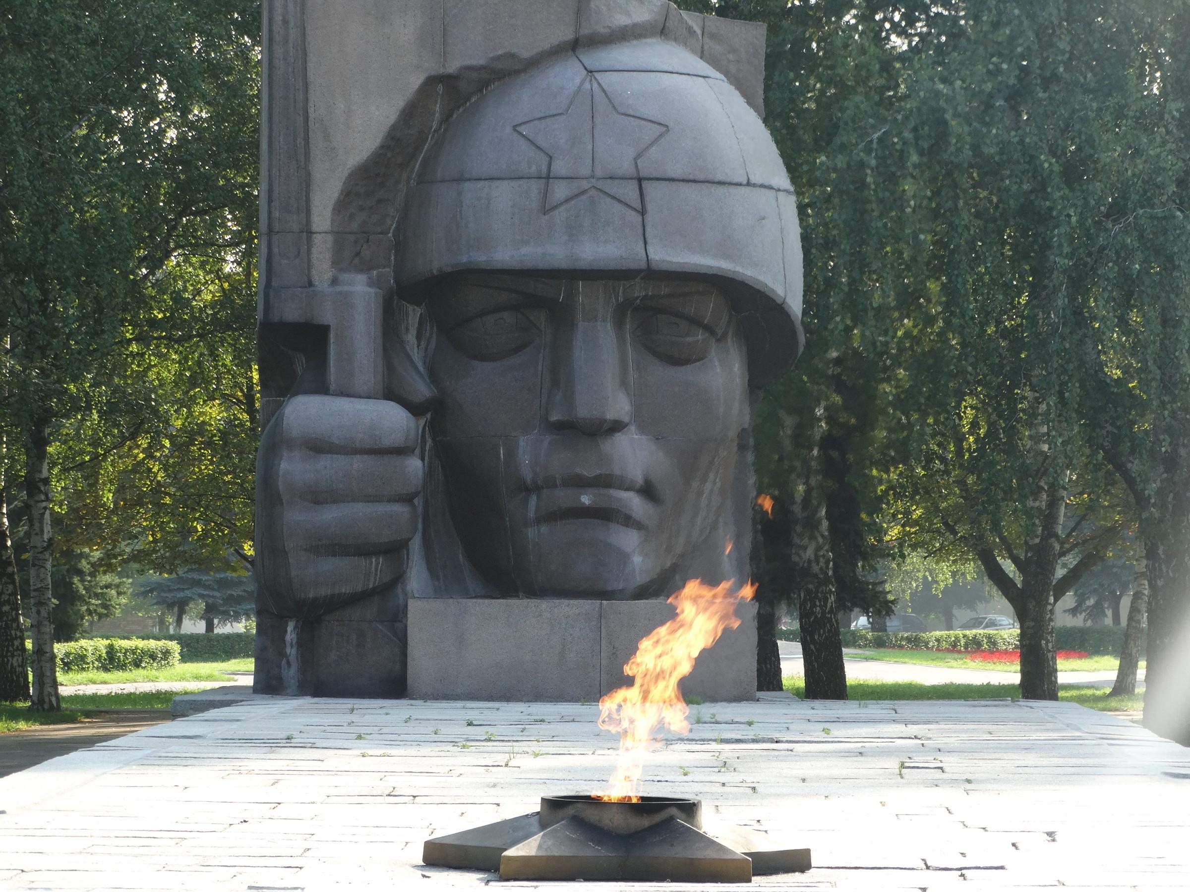 Памятники феодосия о Коломна гранитные памятники каталог фото а