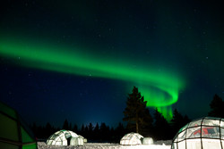 Финский отель взял на работу сторожа северного сияния