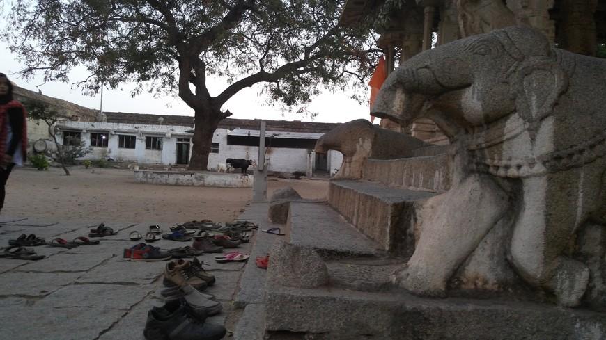 вход в храм Кришны