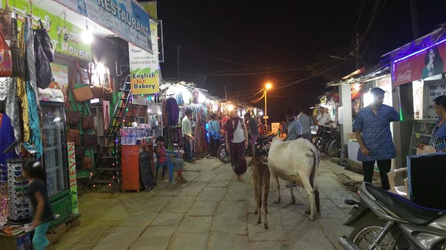 вечерний рынок в Хампи