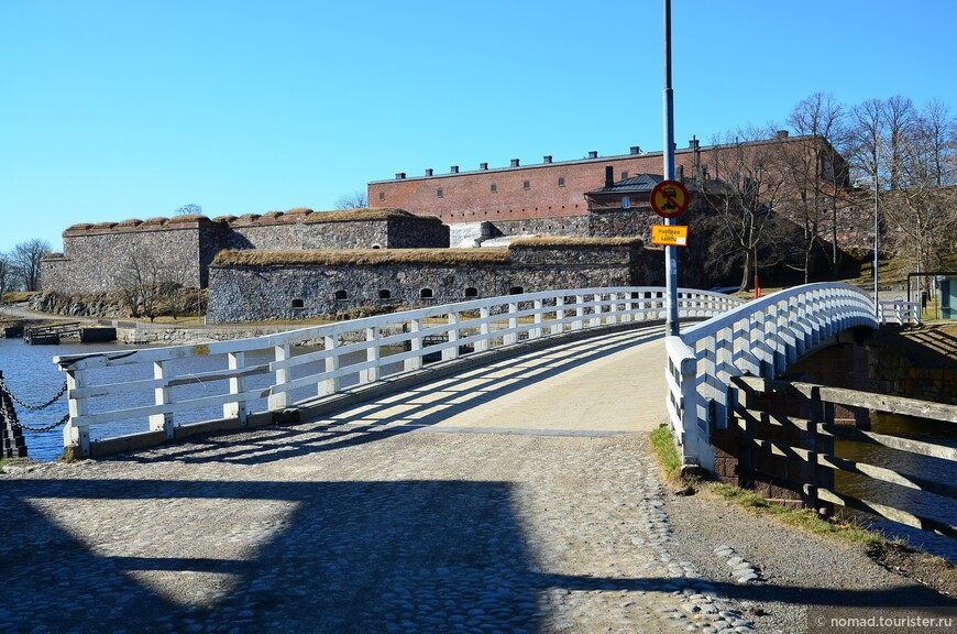 Мост на остров Сусисаари.