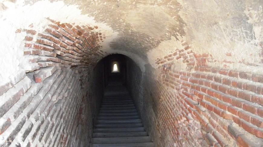 Замок де Ла Мота. Напоминание о тюремном прошлом