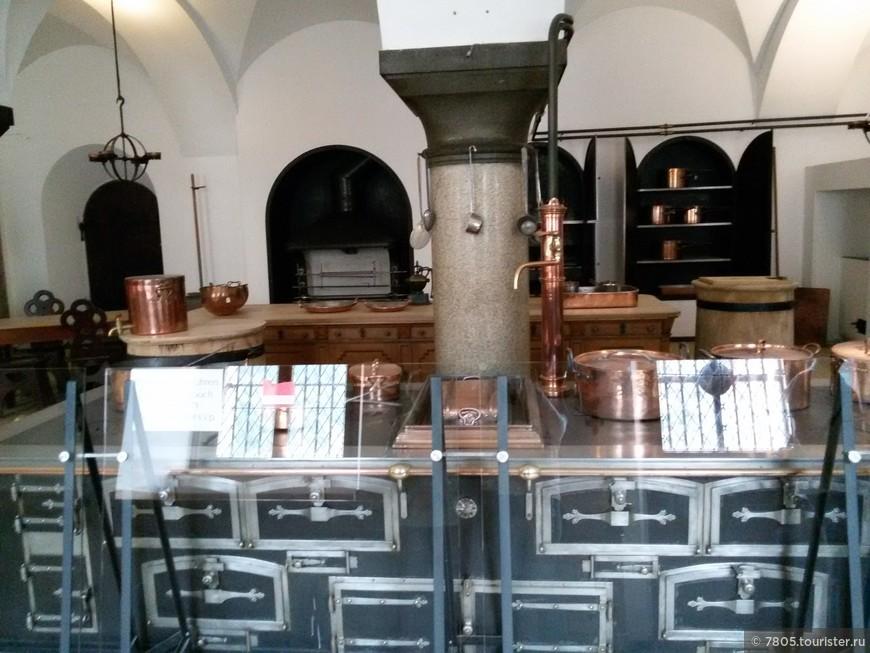 царская  кухня в замке Нойншвайнштайн