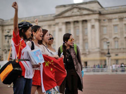 Растущему китайскому турпотоку в РФ  не хватает гидов и мест