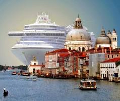 Венецианцы требуют запретить заход круизных лайнеров в город