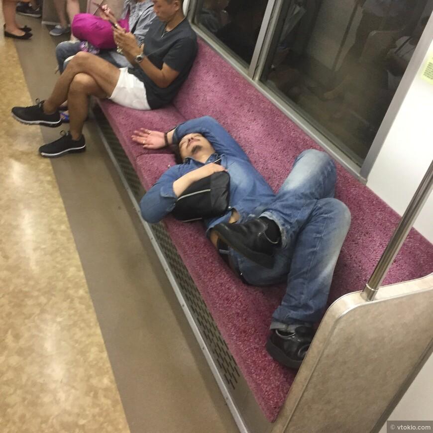 Вагон метро повышенной комфортности