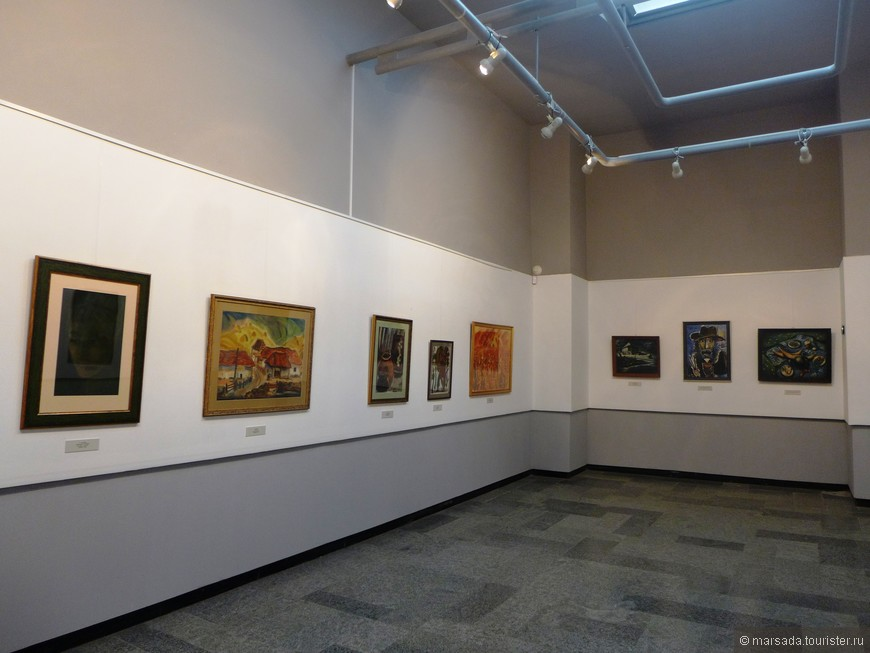 второй зал - работы других художников
