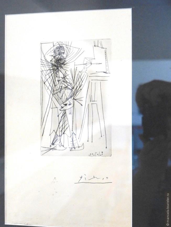 Этот шедевр (оригинал) хранится отдельно - портрет Пиросмани кисти Пабло Пикассо. Я в Сигнахи несколько лет назад копию видела.