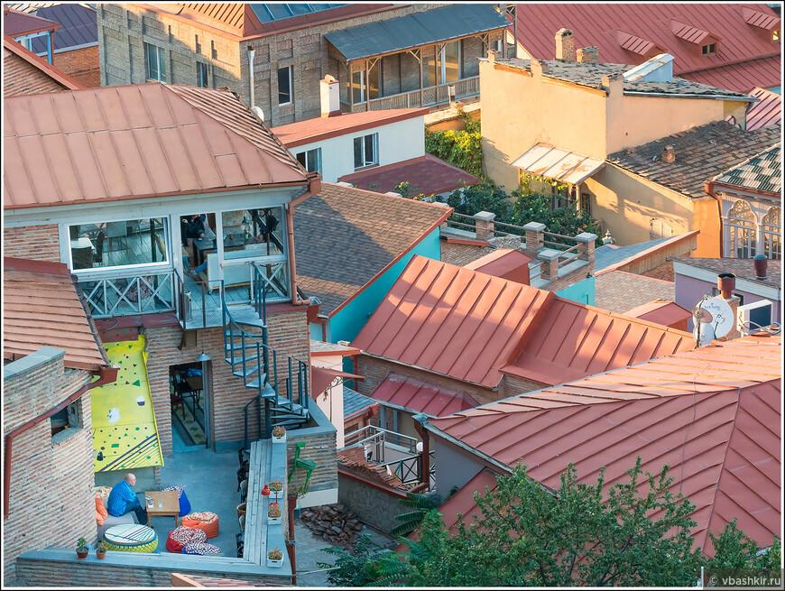 Крыши старого Тбилиси.