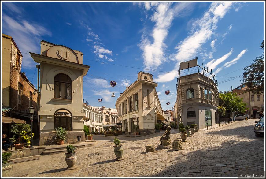 Тбилиси. Улицы Шарден и Бамбис Риги.