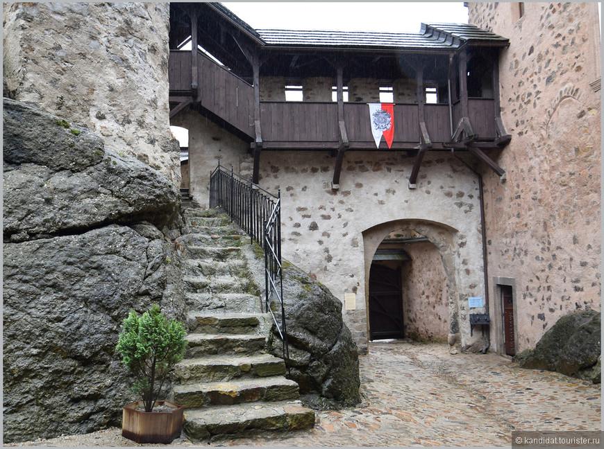 С 1822 по 1949 гг. в  замке размещалась тюрьма.