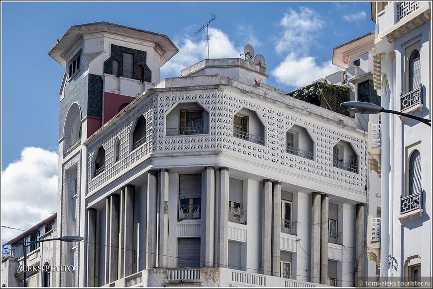 Прежнее название города в Средние века было Анфа. Португальцы то разрушали город, то вновь его отстраивали. В 1875 году город сильно пострадал от землетрясения. Но был вновь отстроен. Здания в старой части города, прямо скажем, не в лучшем состоянии...
