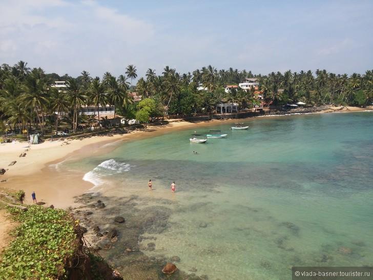 Туристов ждет пляжный отдых, осмотр достопримечательностей и главная гордость острова – невероятно красивые и необычные пейзажи.