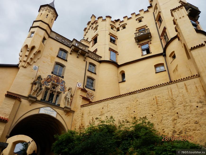 один из 3-х замков в Хоэншвангау близ г. Фюссен