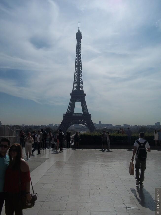 лучший вид на башню с площади Трокадеро