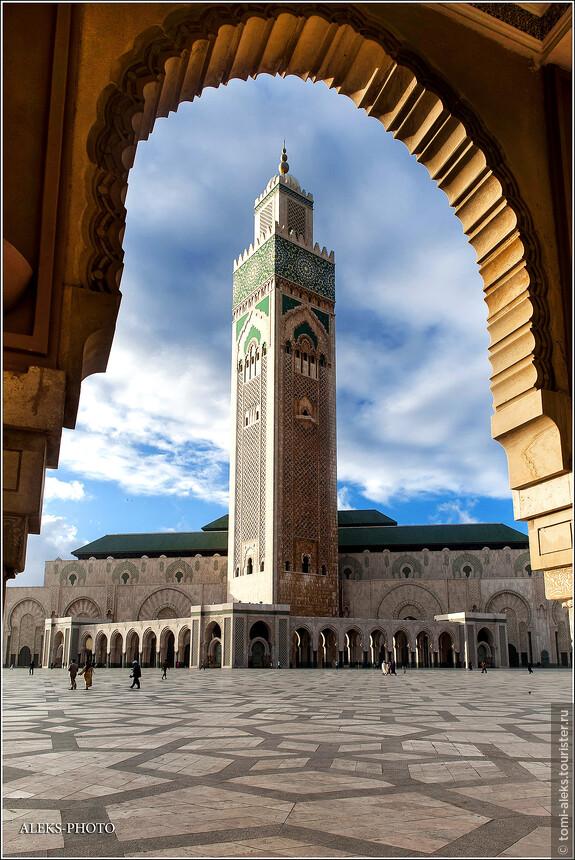 В общем,будете в Касабланке, - стоит заглянуть сюда. Иначе зачем вообще ехать в Касабланку?