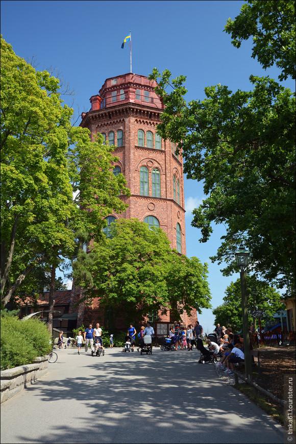 Башня Bredablick Tower, прекрасный образец  шведской оборонительной архитектуры.