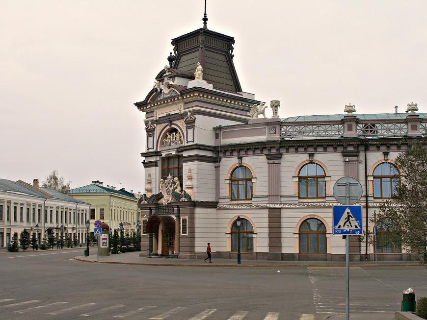 По дороге в Кремль. Национальный музей Татарстана.