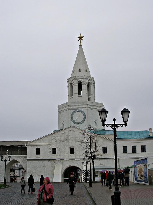 Спасская башня.  Центральный вход в Кремль.