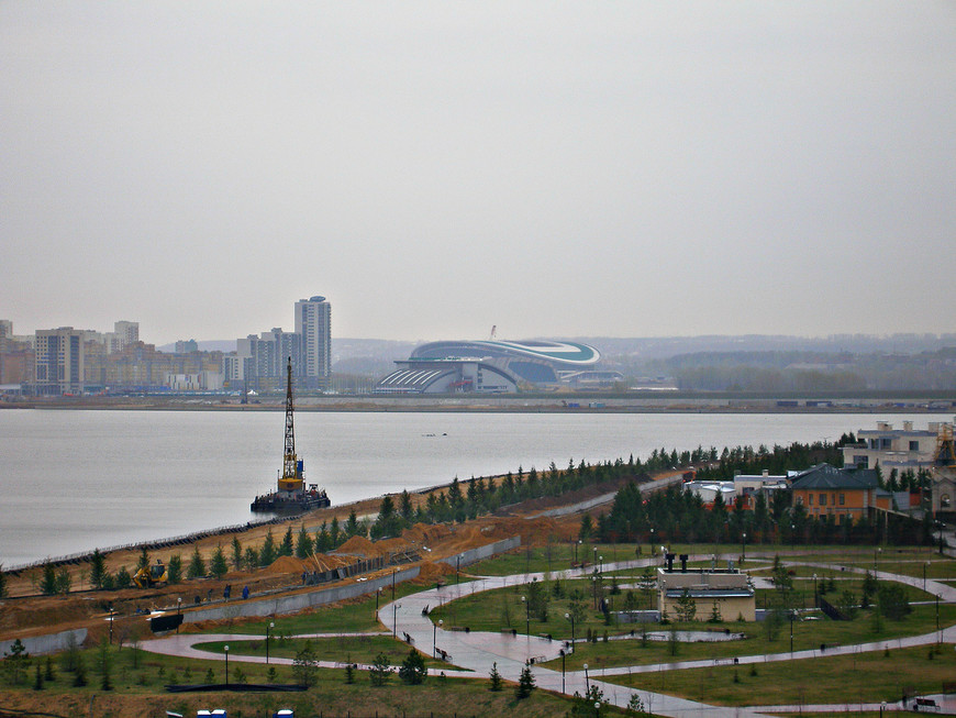 Вид с кремлевского холма. Берега реки Казанки.
