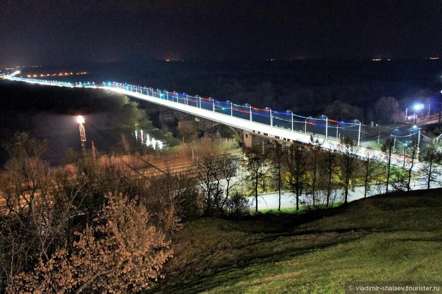 На мост через Клязьму.