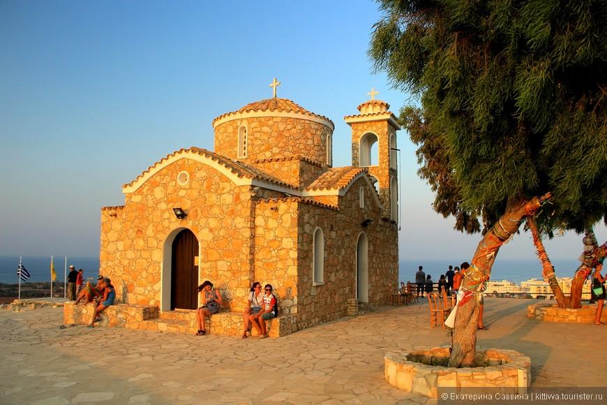 Храм святого Илии в Протарасе.