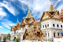 Королевский дворец в Бангкоке открылся для туристов