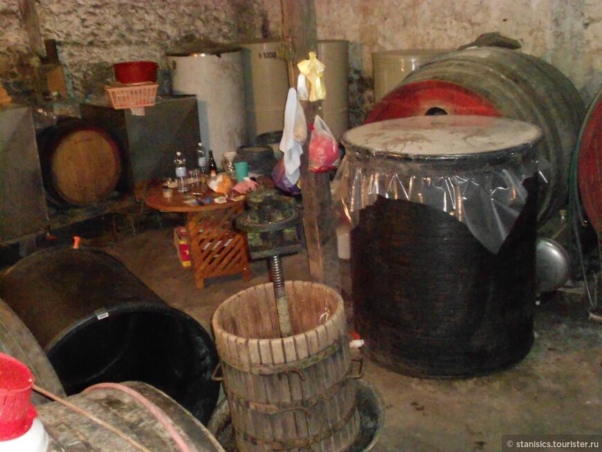 ''Раячке пимнице'' - любимое место любителей вина