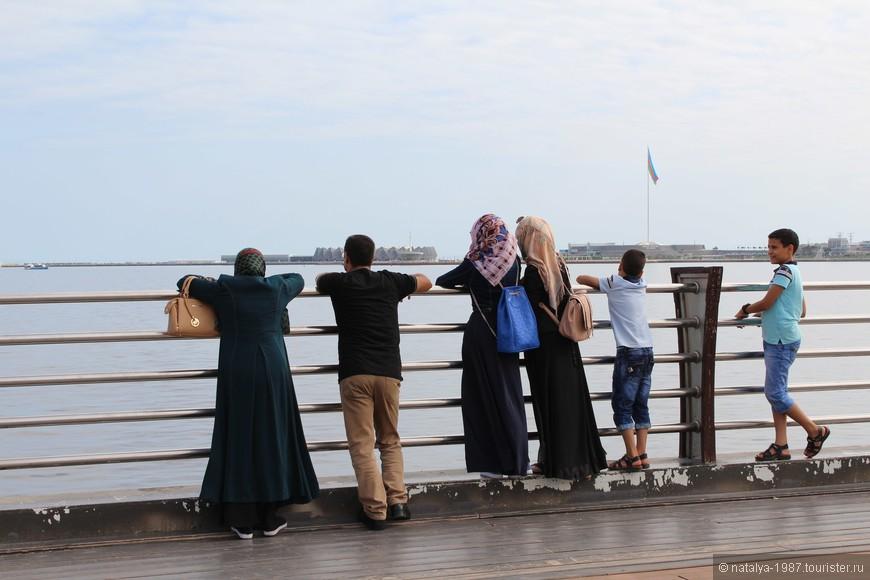 На Каспий можно смотреть бесконечно.