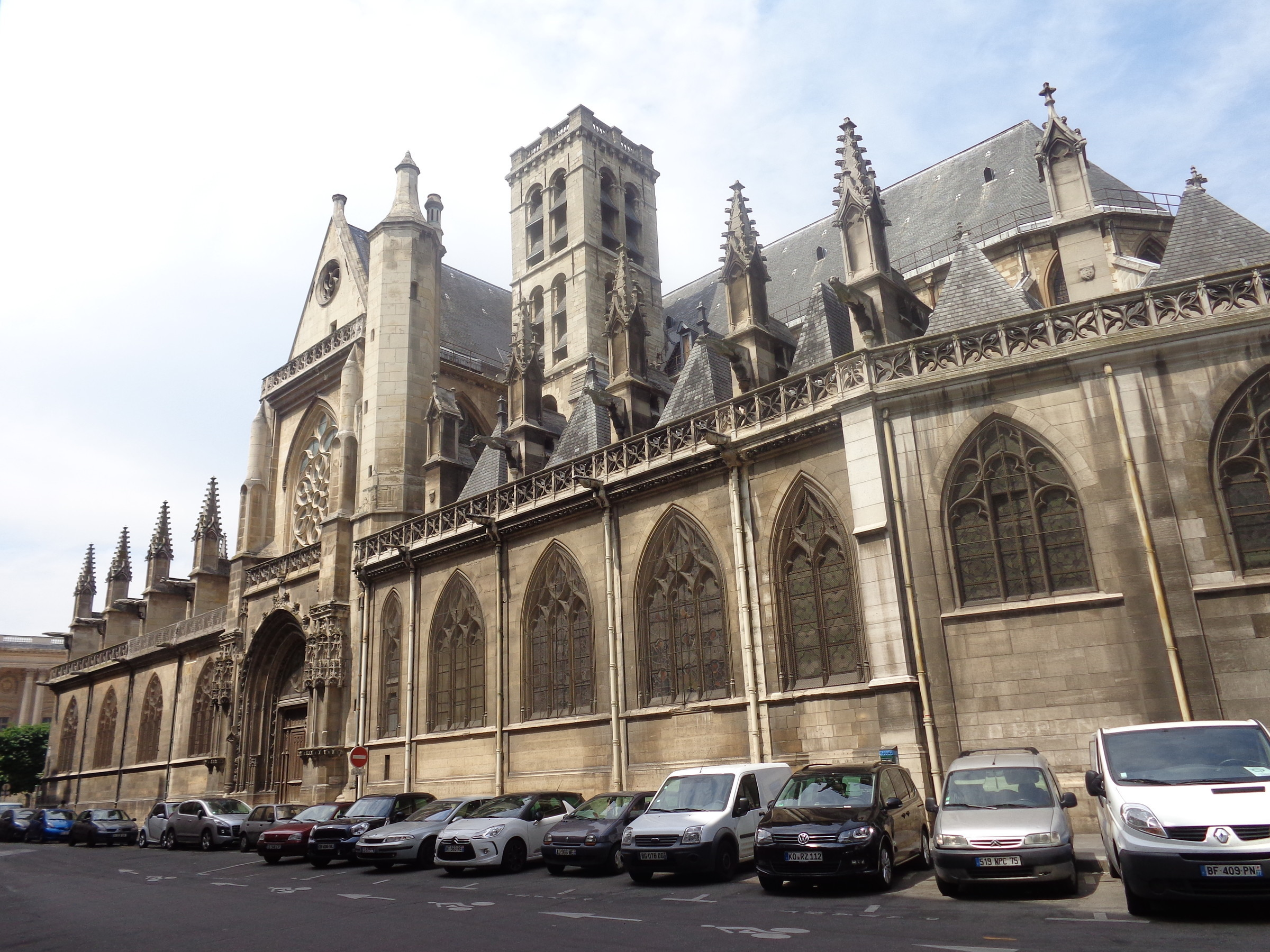 Сен-Жермен-Л Оксерруа или Большая церковь. Строительство велось с 12 по 16 век., Париж