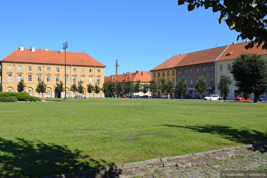 Город основан в 1780 году, численность сейчас около 3000 человек.
