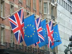 Брюссель намерен заставить британцев  платить за Brexit