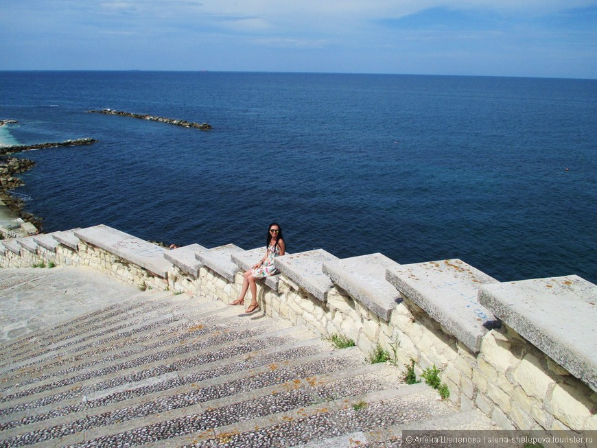 Спускаясь к пляжу