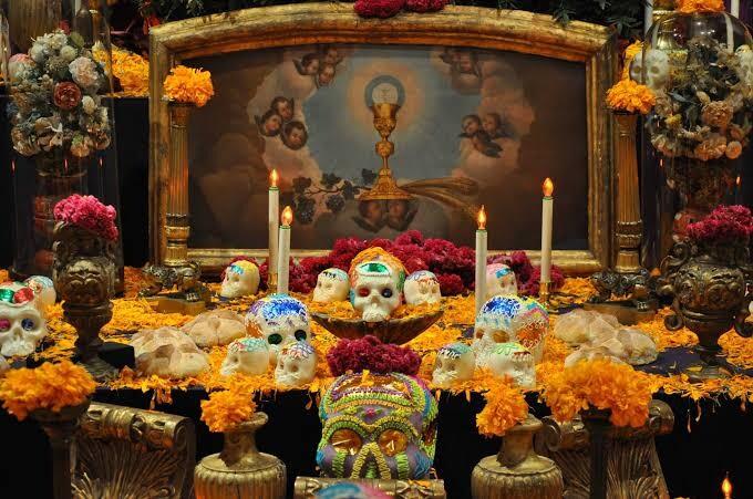 Праздник Жизни и Смерти