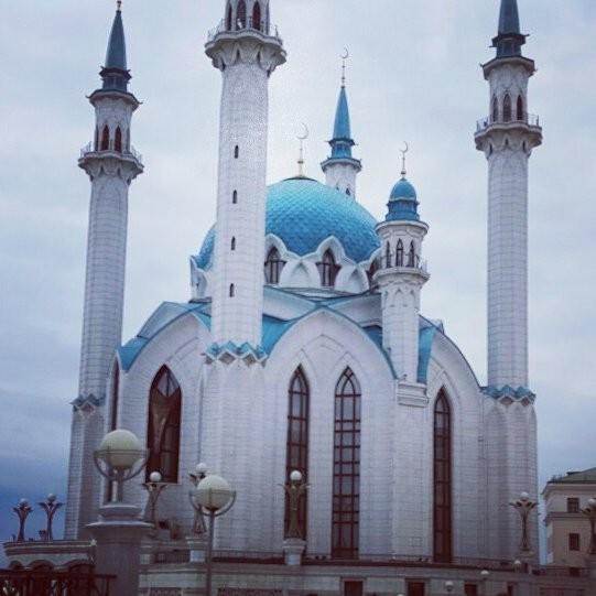 Кул Шариф. Мечеть внутри которой постоянно молится мулла