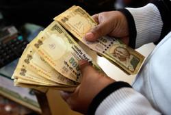 В Индии изменили правила обмена валюты