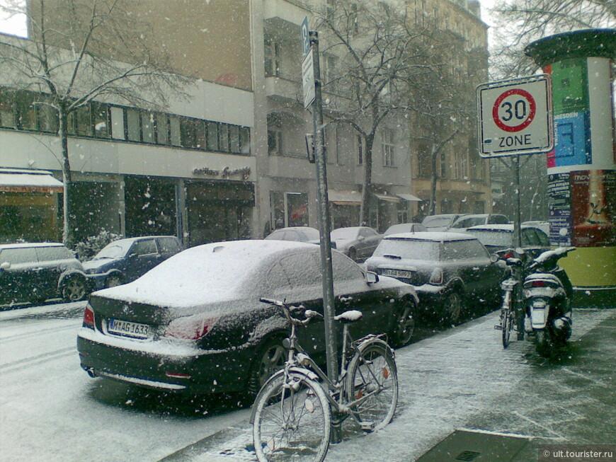 Частенько в начале марта идет снег. Красиво