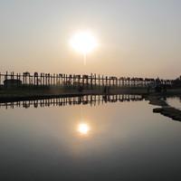 Мост Убейн на закате