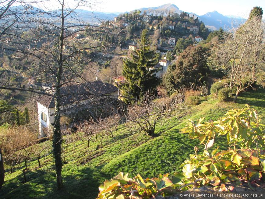 Вид на окрестности Бергамо
